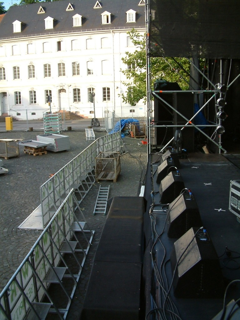 Stage_barriers_D_Tour03
