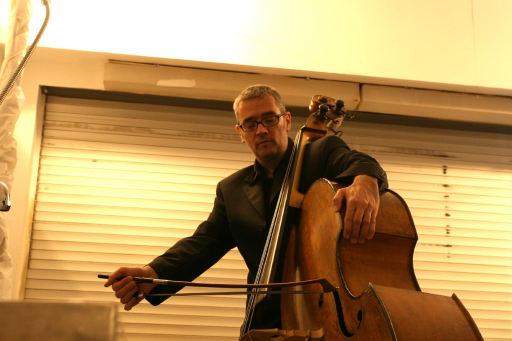 Stefan Scheib (composition, doublebass)